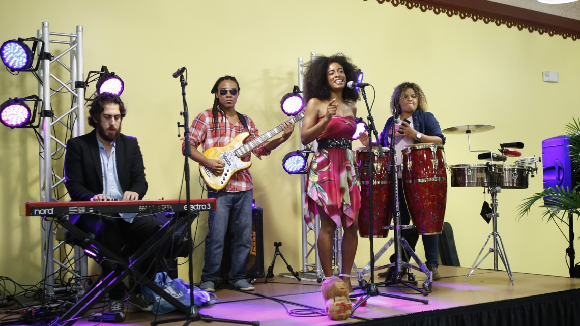 "Melissa ""MoonChild"" Stokes & her Band"