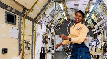 Magazine uncovers STEM support for girls copy